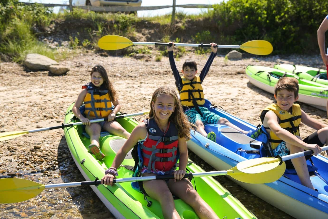 Teen boating adventure program in New England