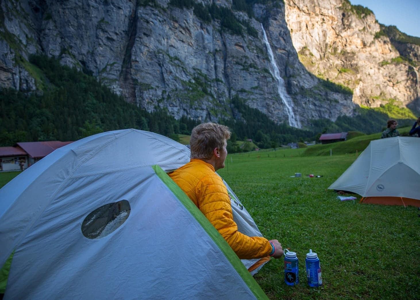 tent wakeup lauterbrunnen valley